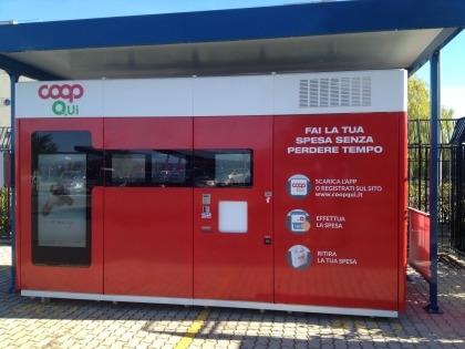 Il negozio automatizzato Coop Qui, situato nel parcheggio aziendale di ST di Catania