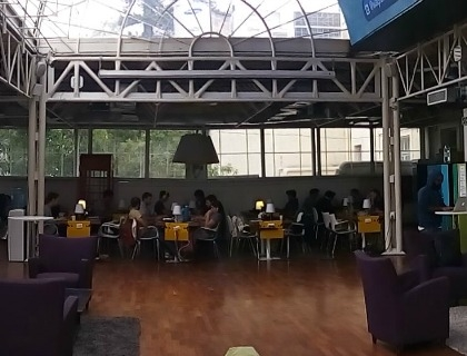 Il coworking che ospita i team di Start-up Chile