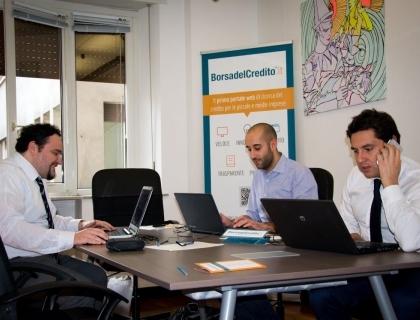 Il team di Borsadelcredito.it al lavoro