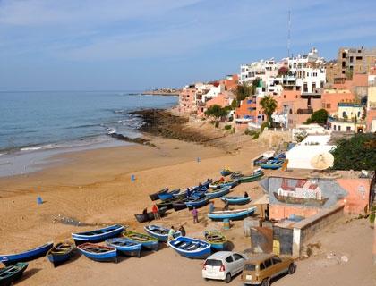 La costa marocchina dove sorge lo spazio di co-working The Blue House