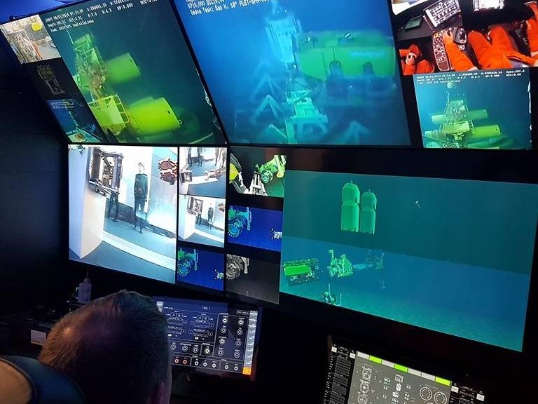 I monitor per verificare le operazione effettuate dai robot sottomarini alla sede Saipem di Marghera