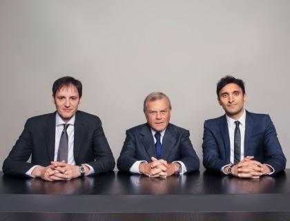 Massimiliano Ventimiglia (ceo di H-Art), Martin Sorrell (ceo di Wpp) e Ajaz Ahmed (ceo di Akqa)