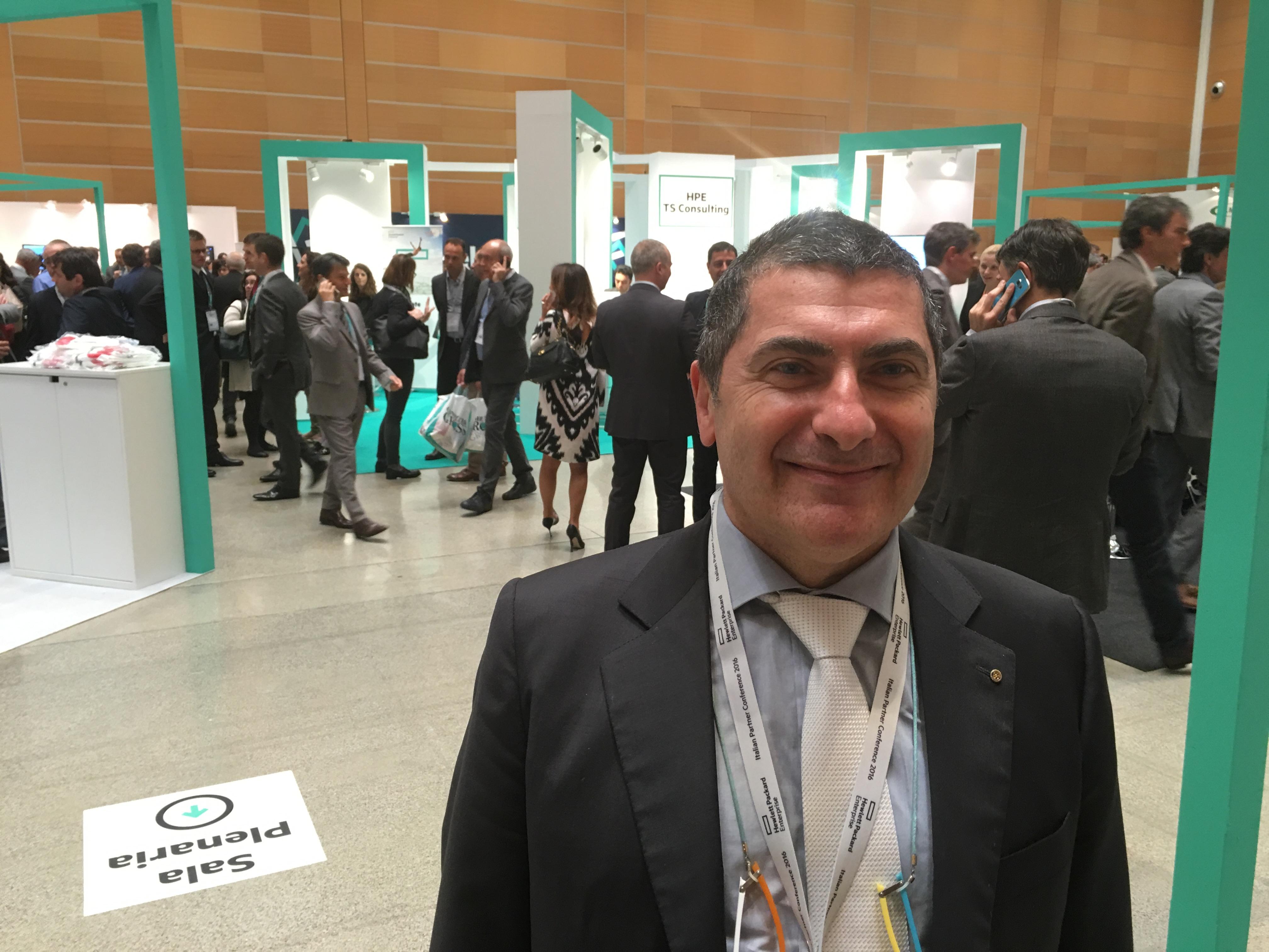 Roberto Vicenzi, Presidente di Centro Computer