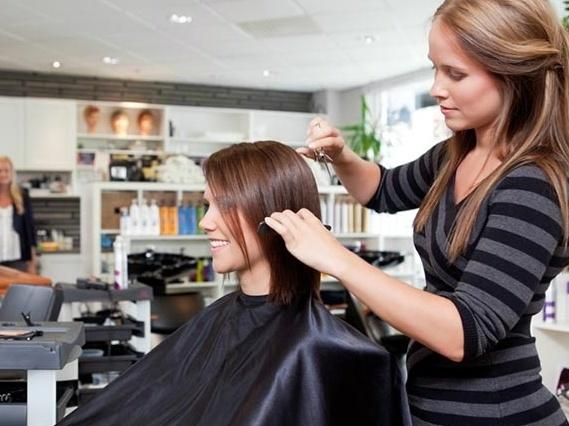 Risultati immagini per parrucchiere