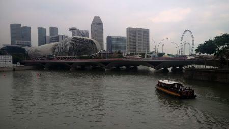 Una veduta della skyline di Singapore