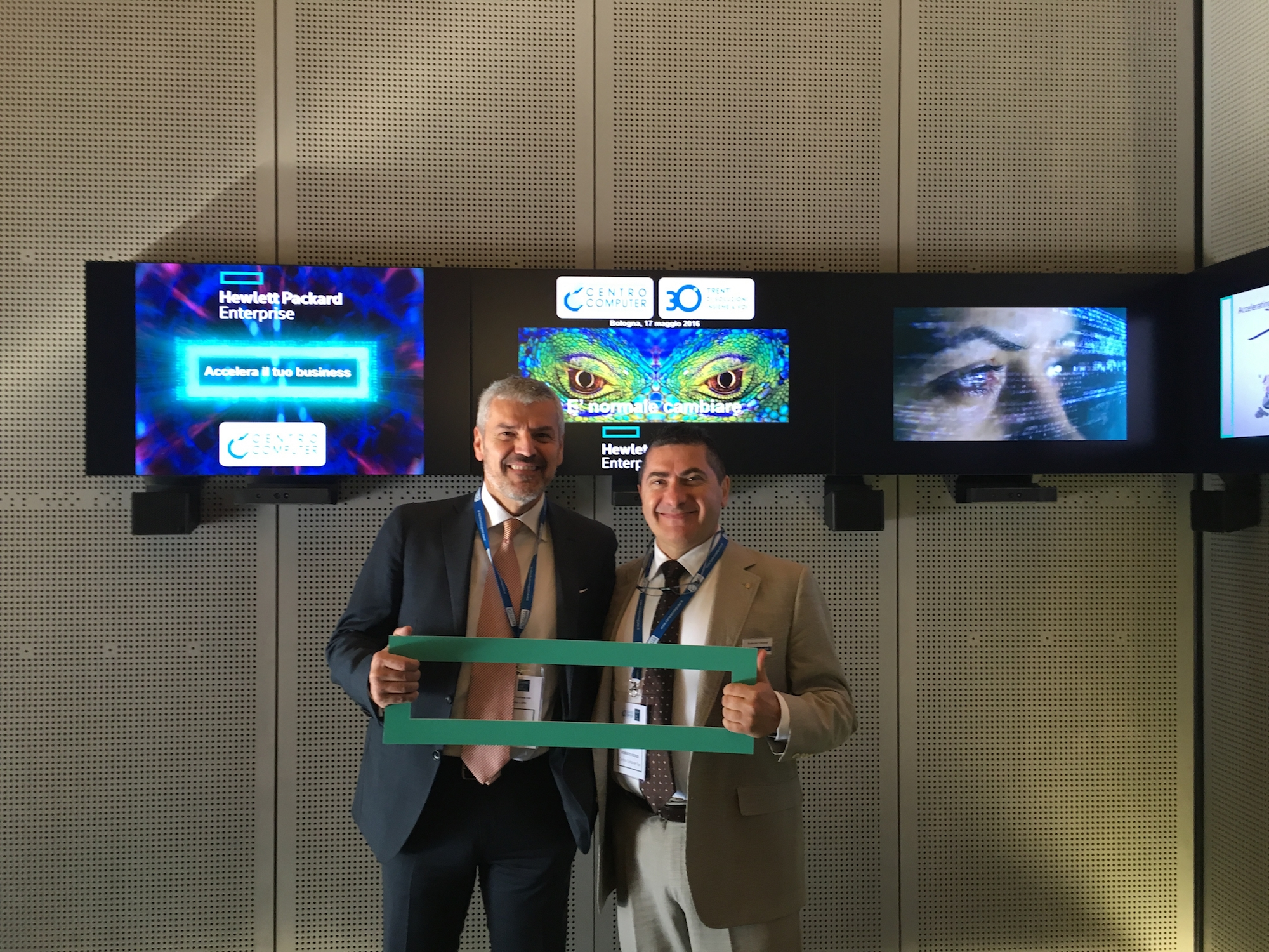 Franco Marro, Channel Manager di HPE, e Roberto Vicenzi, Vice Presidente, Direzione Servizi Innovativi, Centro Computer