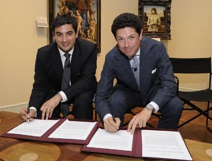 Matteo Marzotto, a destra, firma l'accordo per HIT con il presidente di Anpam Nicola Perrotti