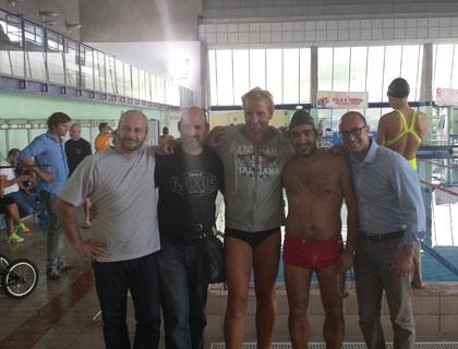 Il team di Xmetrics con Massimiliano Rosolino, testimonial della startup