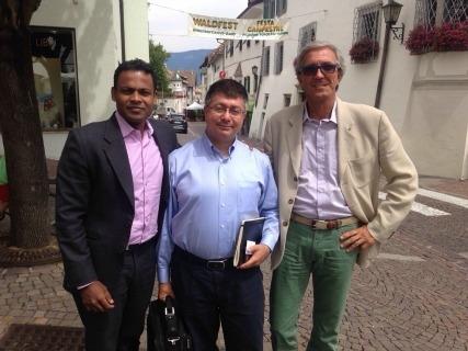 Da sinistra Arun Jayadev, Antonio Cianci e Massimo Bernardoni, co-founder di Airlite