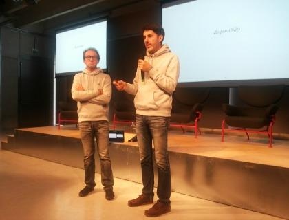 Maurizio Rossi e Riccardo Donadon a Ca Tron con le felpe di H-Farm