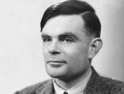 Lo scienziato Alan Turing