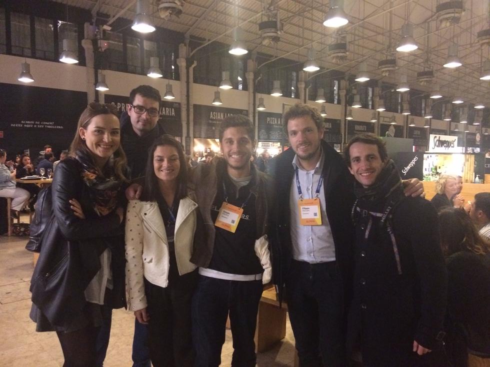 I founder di Enerbrain insieme ai founder della startup Planetiers durante il Pub-Crawl del Web Summit