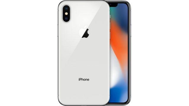 Figlia ingegnere Apple svela iPhone X, licenziano il padre