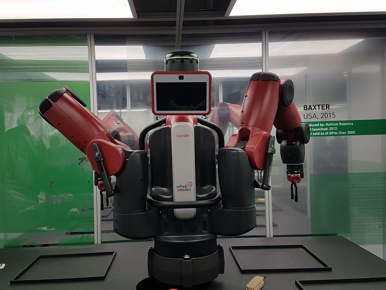 Robot in mostra come sono nati e come sono oggi per l for Baxter svizzera